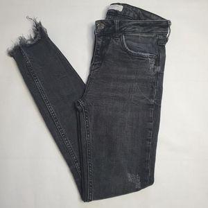 Zara Woman Raw Hem Skinny Jeans